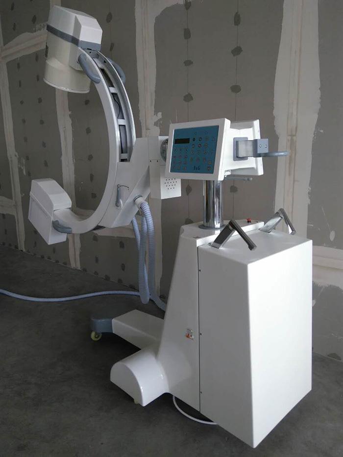 3.5kW Système C-bras pour l'hôpital