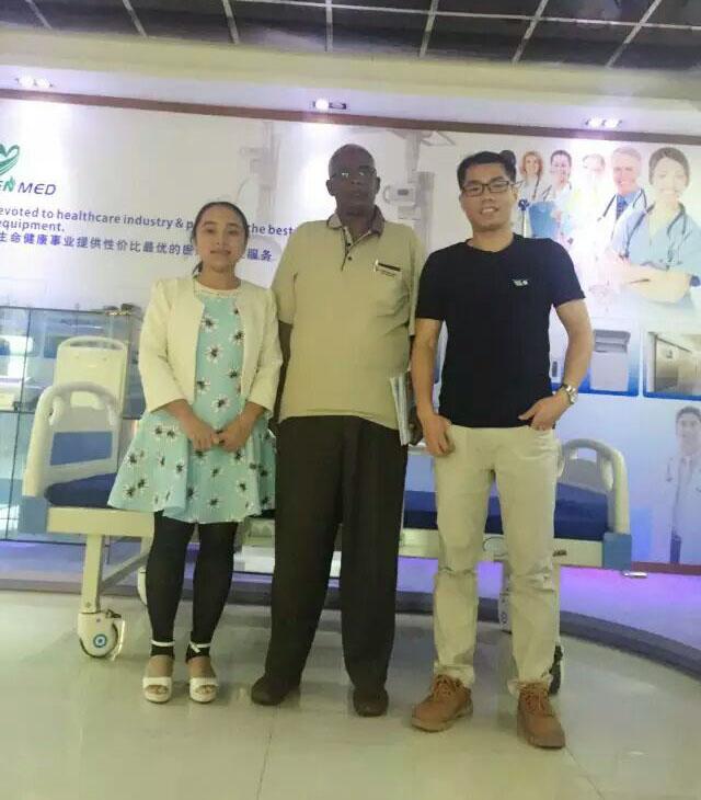 Yuesen Med's Customer - Dr Yassin From Manhal Specialty Hospital
